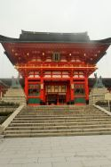Fushimi Inari-taisha shrine early in the morning, Kyoto.