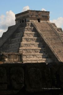 The intimidating Skull Wall, one of the foundations of the power of Chichén Itza