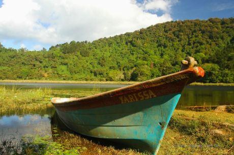 The peaceful Laguna Verde close to Apaneca, El Salvador