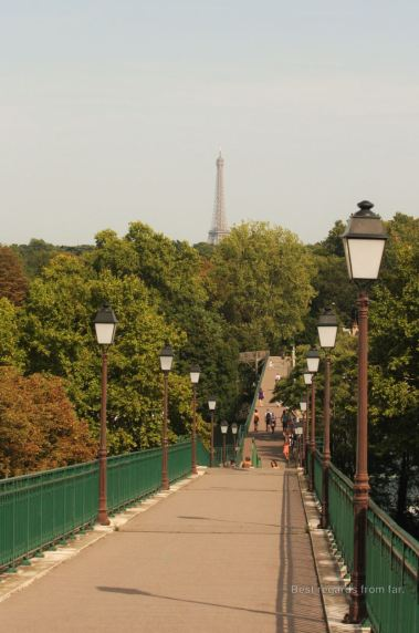 Crossing the Seine River in Saint Cloud
