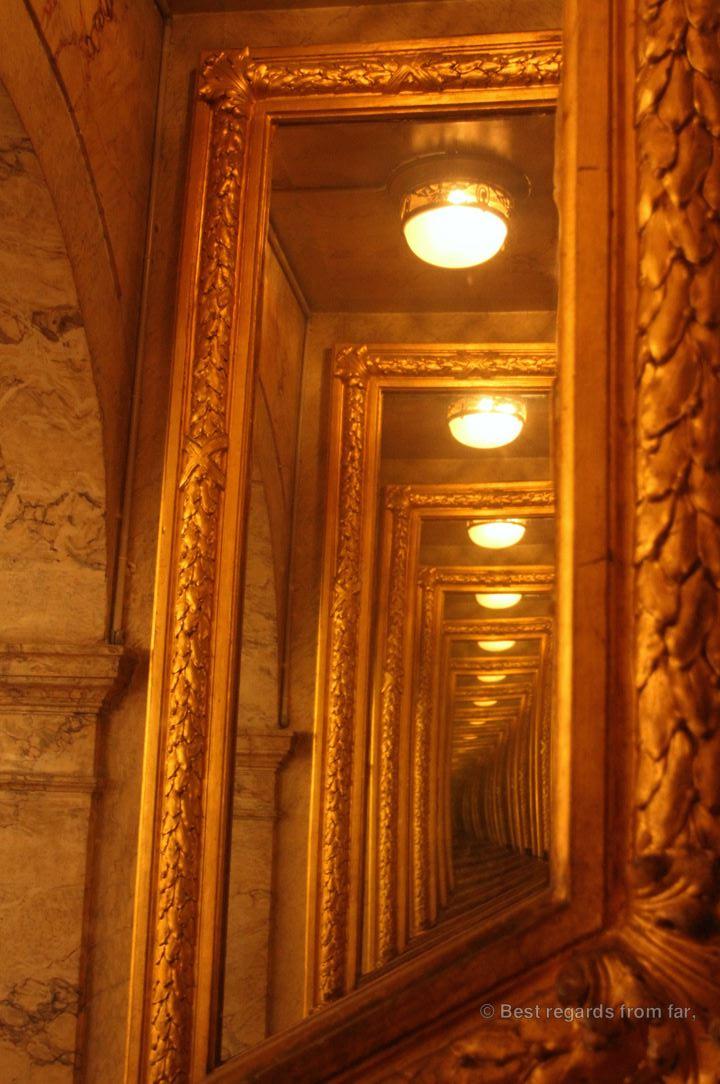 Art photos of the opera house, Toulon