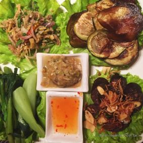 A variety of jeows, a taste of Laos