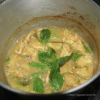 Cooking the green curry, Thai cooking class