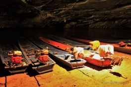 About to start the underground adventure at the Kong Lor cave, the loop, Laos