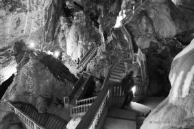 The fantasy staircases of the Tham Nang cave, the loop, Laos