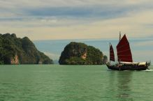 Navigating to the James Bond island, Phang Nga bay, Thailand