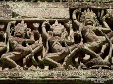 Detail of apsaras in Ta Prohm, Angkor, Cambodia