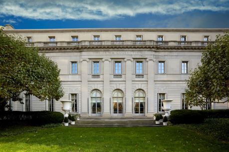 The Frick Collection, New York, Fifth Avenue Garden and façade - Photo: Michael Bodycomb