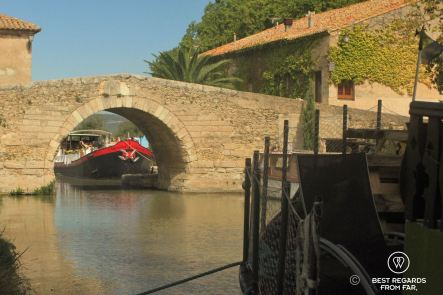 The quiet hamlet of Le Somail, Canal du Midi, France