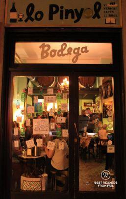 The traditional bodega Lo Pinyol, El Eixample, Barcelona