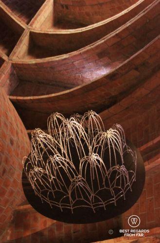 Gaudi's method to size his parabolic arches, La Pedrera, Barcelona