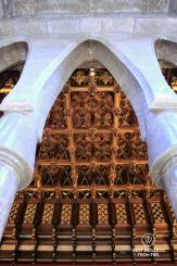 Parabolic arches and finely sculpted oak ceiling, Palau Güell, Barcelona - Palau Güell - Diputació de Barcelona - Fotografo: Claire Lessiau