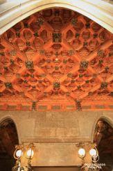 Finely sculpted oak ceiling, Palau Güell, Barcelona - Palau Güell - Diputació de Barcelona - Fotografo: Claire Lessiau