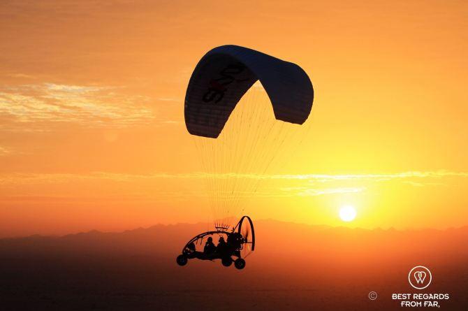Paramotor desert sunrise5
