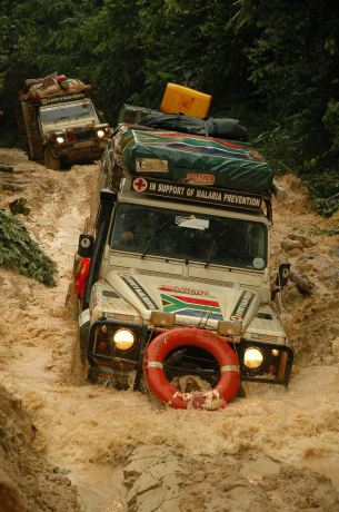 A Kingsley Holgate expedition across Africa with the trusted Land Rovers, photo by the Kingsley Holgate Foundation