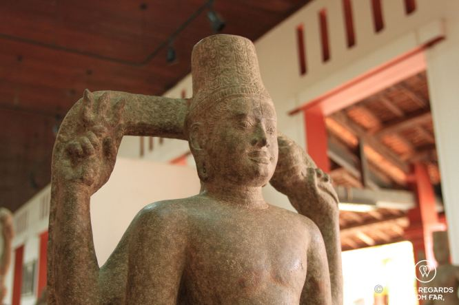 Self-standing Harihara (8th-9th century), National Museum of Cambodia, Phnom Penh