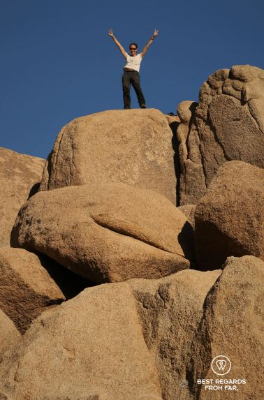 Claire bouldering at Joshua Tree National Park, USA