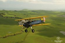 Flying the PT-17 Stearman over the Sonoma Valley, San Francisco, USA