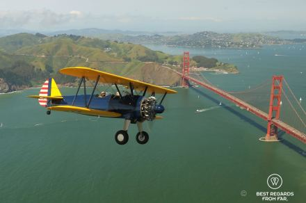 Flying the Boeing PT-17 Stearman over the Golden Gate Brigde, Vintage Aircraft, San Francisco, USA