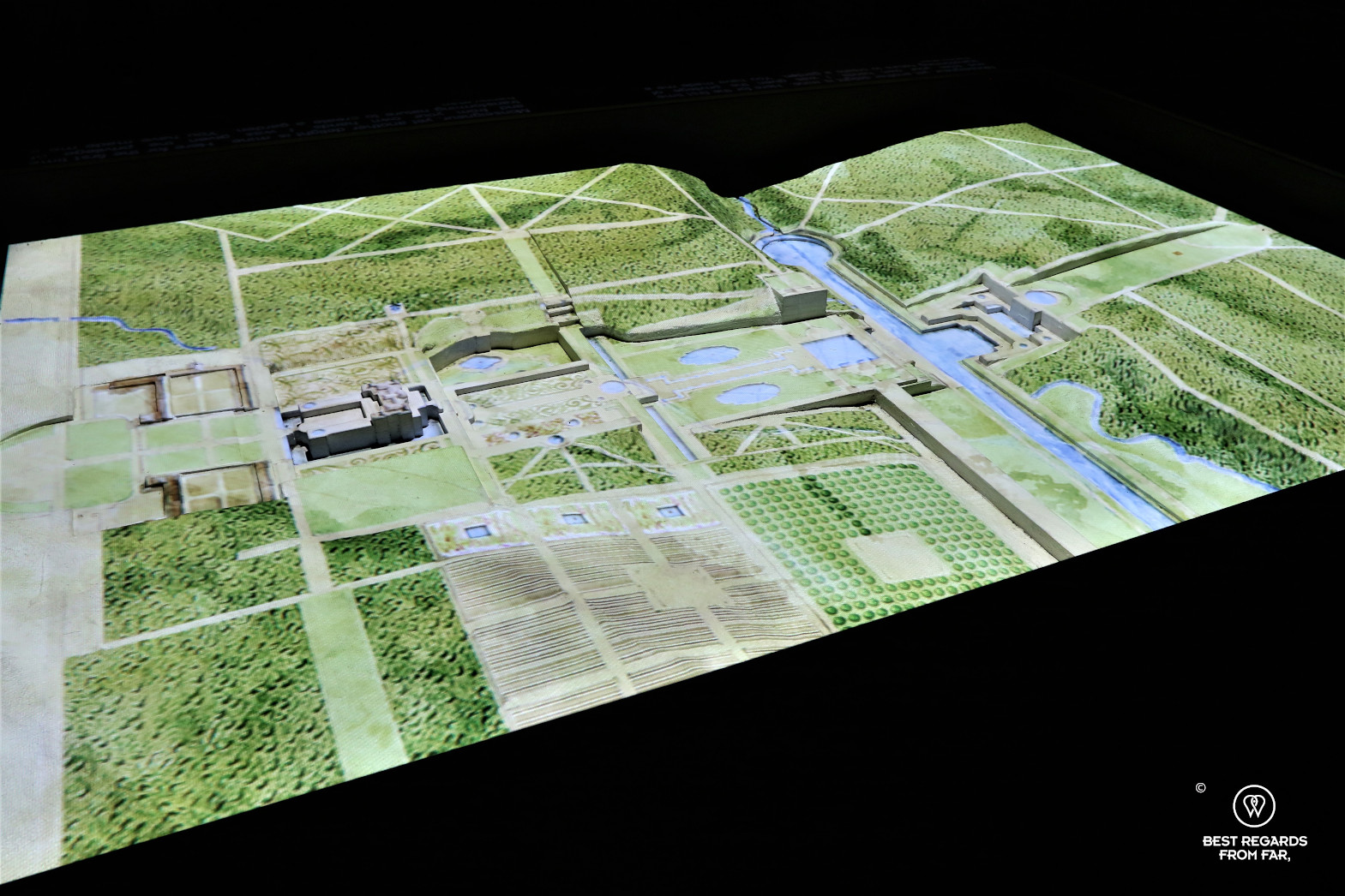 3D rendering of the gardens of Vaux-le-Vicomte showing elevation and rivers