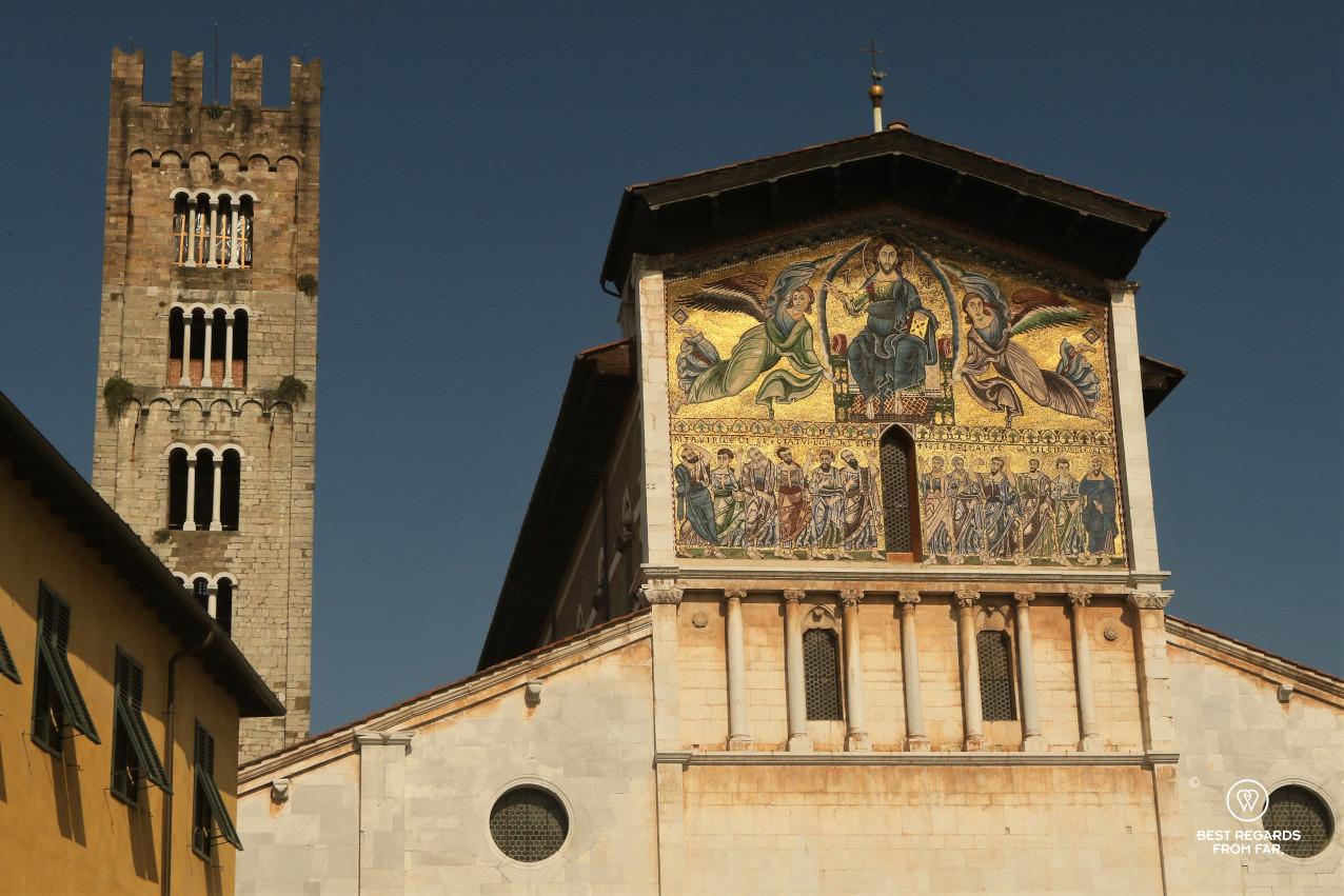 Golden mosaic facade of the Basilica di San Frediano