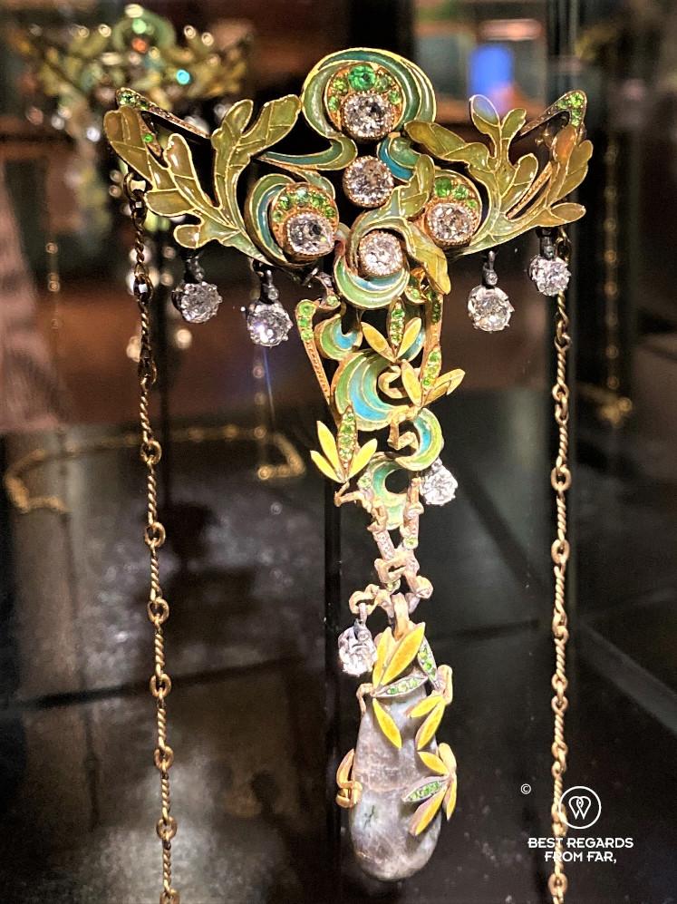Art nouveau pendant by Leopold Van Strydonck, DIVA museum, Antwerp