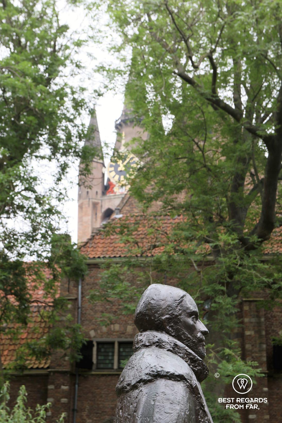 Statue of William of Orange in front of the Prinsenhof, Delft